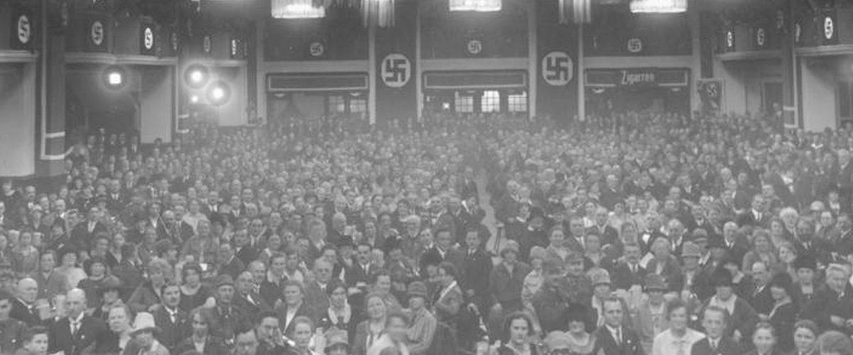 Comment le nazisme a-t-il pu convaincre autant de gens?