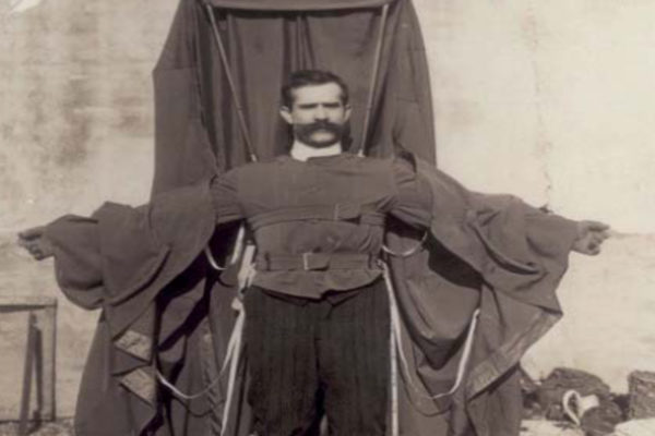 François Reichelt, le parachutiste qui se tua sous la caméra